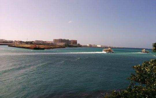 大型水中観光船 オルカ号©SG