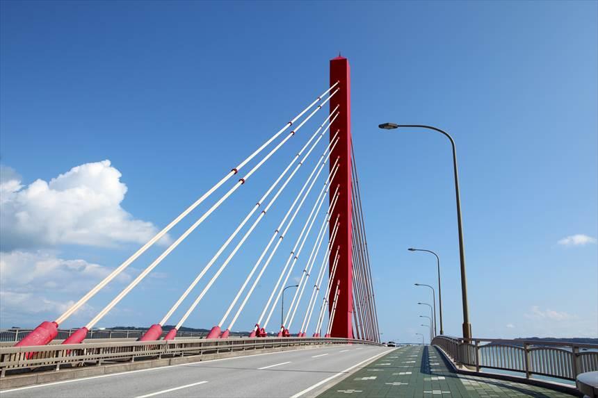 うるま市海中道路 イメージ ocvb©0052_006