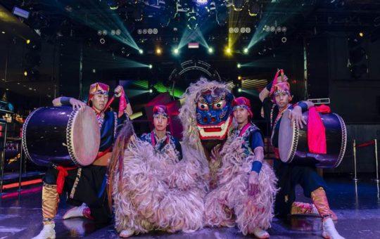 「RYUKYU AMAZING NIGHT」のエイサーと獅子舞の演舞イメージ