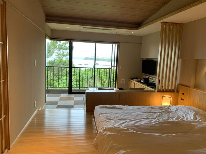 「 海の旅亭 おきなわ名嘉真荘 」お部屋 洋室タイプのオリジナルルーム。